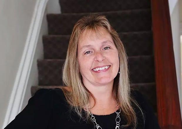 Linda Fenton